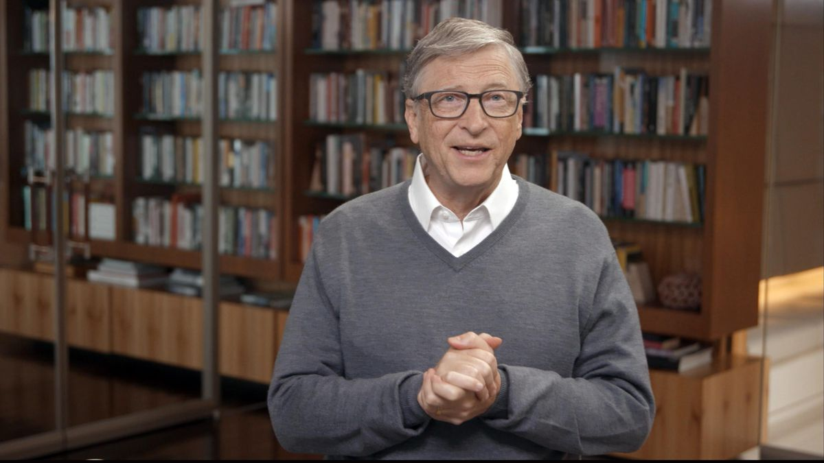 Italian Lawmaker Has Called For The ARREST Of Bill Gates!